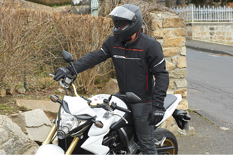 Test du casque Astone GT 900